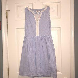 Vineyard Vines blue and white striped dress